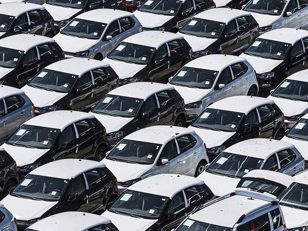 El 'renting' prefiere coches españoles