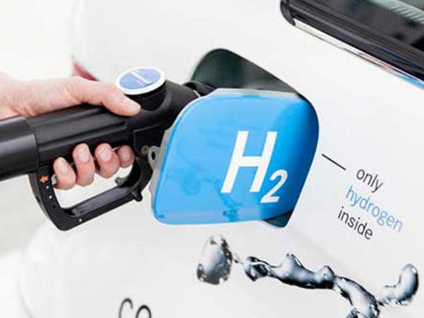 ¿Cuánto cuesta y cómo se produce el hidrógeno para automoción?