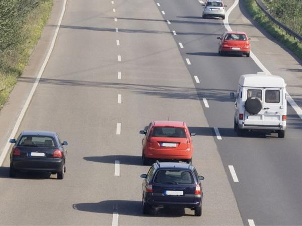 El síndrome del que advierte la DGT y que padecen la mitad de los conductores